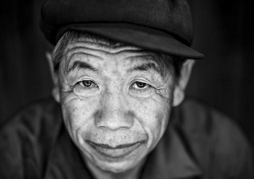 Ho minority shaman, Louang namtha, Laos