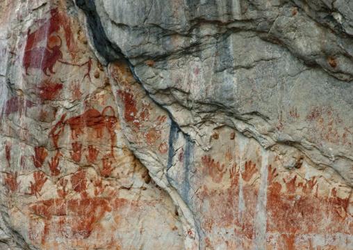 Prehistoric rocks paintings on the mekong, Luang prabang, Laos