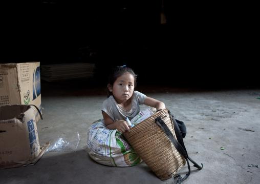 Kid in market, Luang prabang, Laos