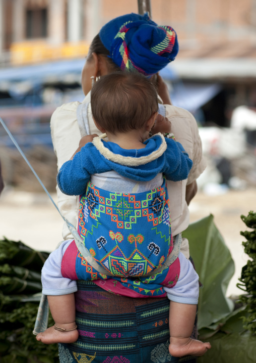 Hmong minority mother and baby, Luang prabang, Laos