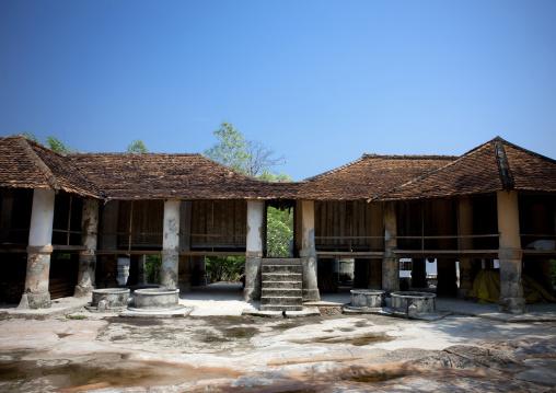Pha bat monastery, Pakse, Laos