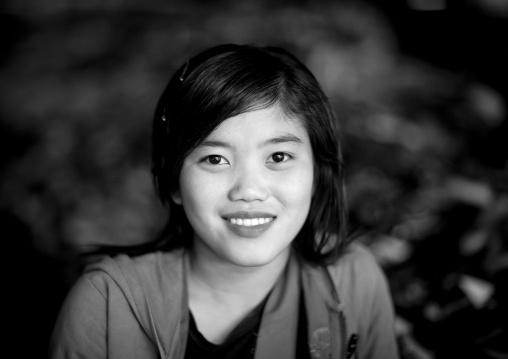 Lao girl, Thakhek, Laos