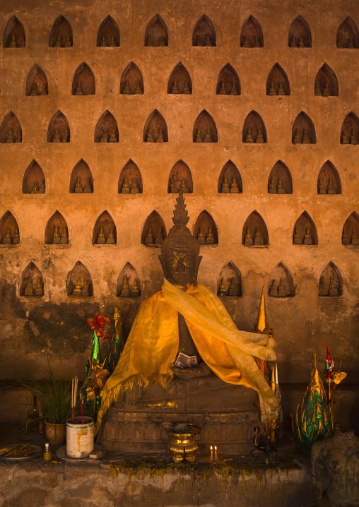 Buddha statue at vat sisaket, Vientiane, Laos