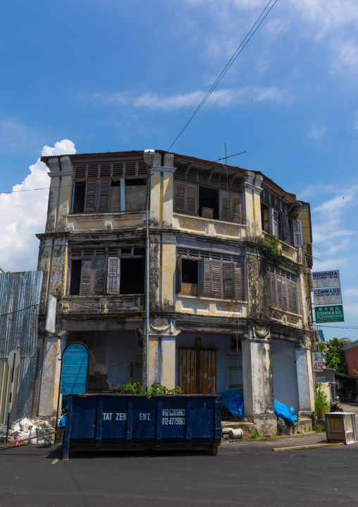 Old Colonial Building In The Unesco World Heritage Zone, Penang Island, George Town, Malaysia