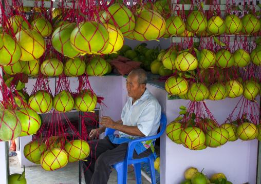 String Of Pomelo Hanging, Kuala Lumpur, Malaysia