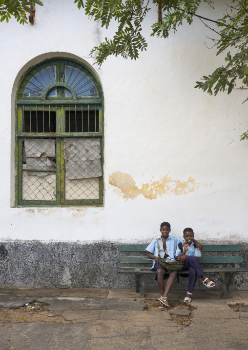 Kids In Front Of An Old Portuguese Colonial Building, Inhambane, Inhambane Province, Mozambique