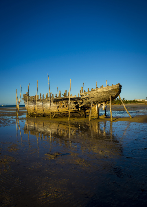 Old Dhow On The Beach, Vilanculos, Inhambane province, Mozambique