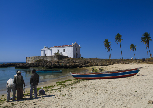 Fishermen Coming Back To The Beach, Island Of Mozambique, Nampula Province, Mozambique