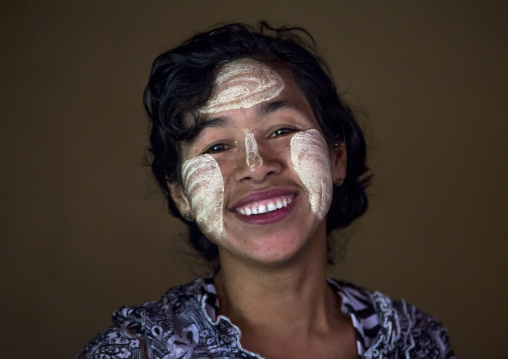 Beautiful Burmese Woman, Ngapali, Myanmar