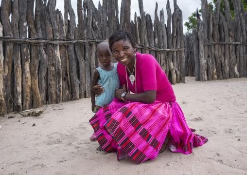 Ovambo Woman With A Child, Ongula, Namibia