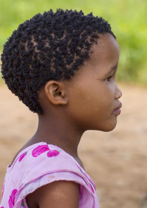 Bushman Child Girl, Tsumkwe, Namibia