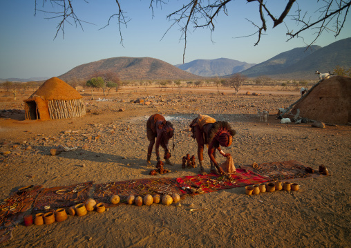 Himba Girls Displaying Souvenirs For Tourists, Okapale Area, Namibia