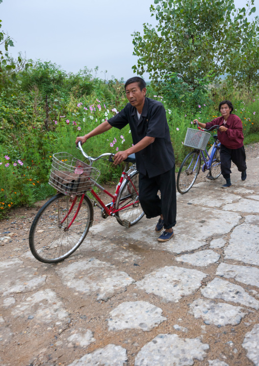 Daily life in the countryside, North Hwanghae Province, Kaesong, North Korea