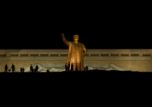 Kim il Sung statue by night in Mansudae Grand monument, Pyongan Province, Pyongyang, North Korea