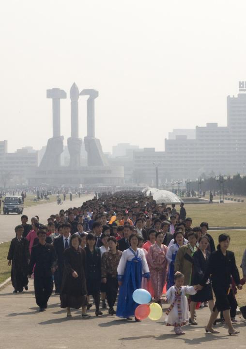 North Korean people queueing to see the international Kimilsungia and Kimjongilia festival, Pyongan Province, Pyongyang, North Korea