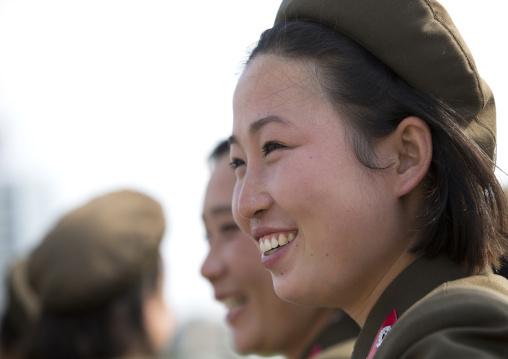 Smiling North Korean female soldiers, Pyongan Province, Pyongyang, North Korea