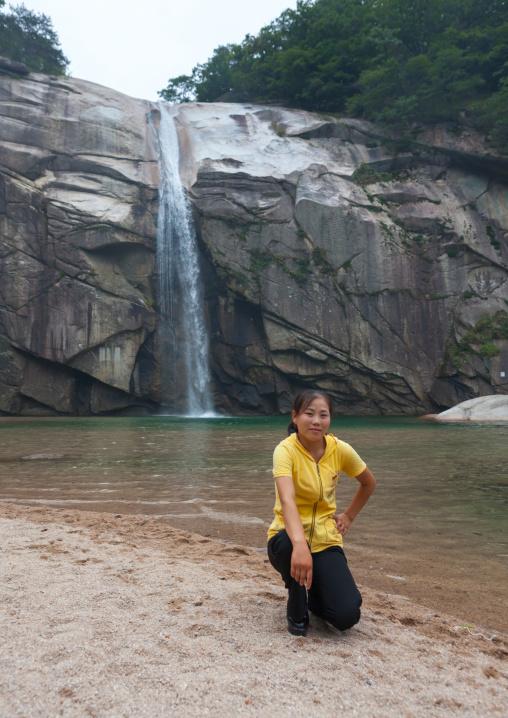 North Korean woman posing in pakyon falls, North Hwanghae Province, Kaesong, North Korea
