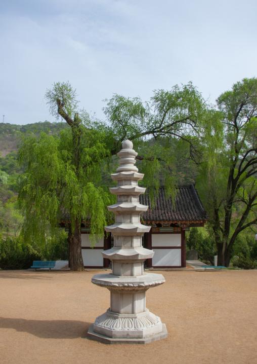 Kwangbop temple pagoda, Pyongan Province, Pyongyang, North Korea