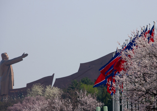 Side view of Kim il Sung statue in Mansudae Grand monument, Pyongan Province, Pyongyang, North Korea