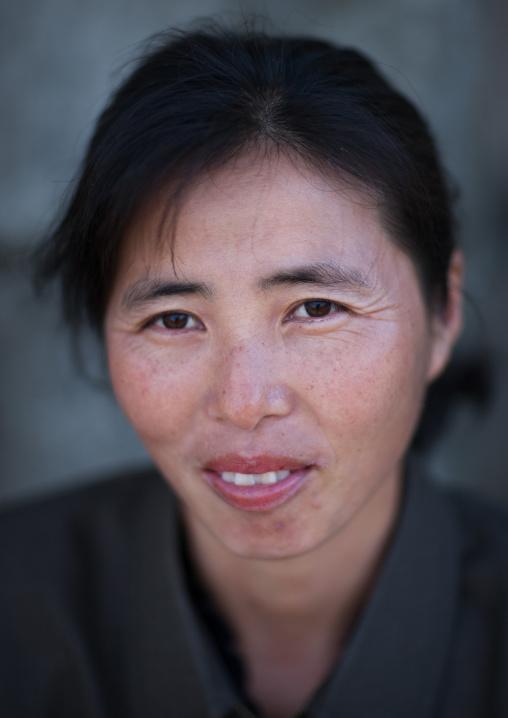 Portrait of a North Korean woman, North Hamgyong Province, Jung Pyong Ri, North Korea