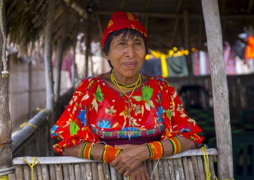 Panama, San Blas Islands, Mamitupu, Portrait Of Kuna Tribe Woman