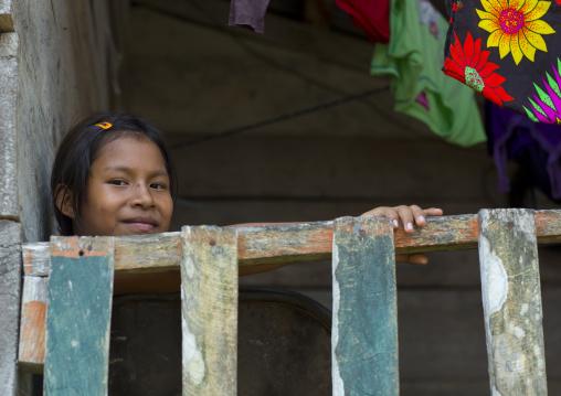 Panama, Darien Province, Puerta Lara, Wounaan Tribe Girl