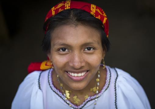Panama, San Blas Islands, Mamitupu, Portrait Of A Smiling Kuna Tribe Woman