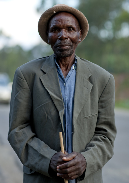 Rwandan man in the countryside, Northwest Province, Rehengeri, Rwanda