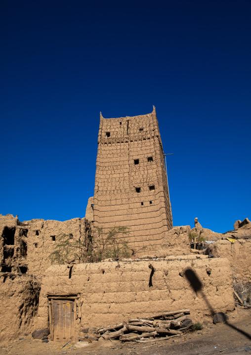 Traditional old multi-storey mud house, Asir province, Dahran Aljanub, Saudi Arabia