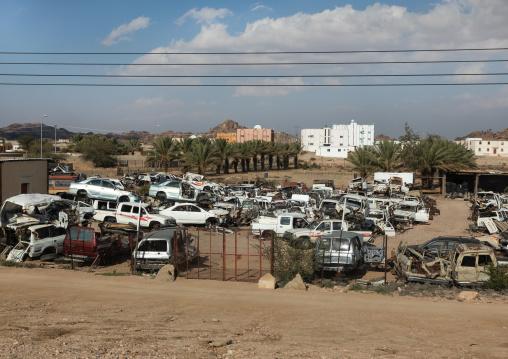 Crashed cars in a garage, Mecca province, Taïf, Saudi Arabia