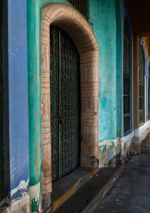 Kaki house main door, Mecca province, Taïf, Saudi Arabia