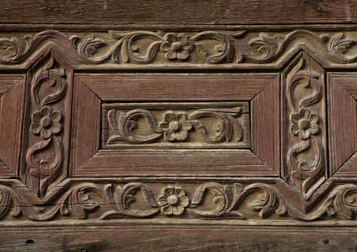 Detail of a wooden mashrabiya of an old house in al-Balad quarter, Mecca province, Jeddah, Saudi Arabia
