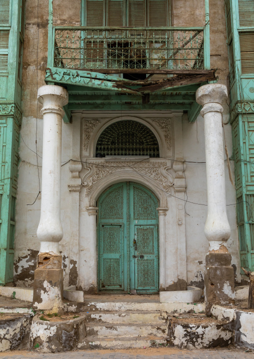 Wooden door of an historic house in the old quarter of al-Balad, Mecca province, Jeddah, Saudi Arabia