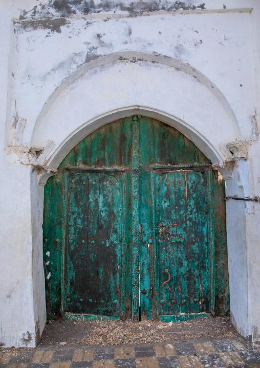 Green door of a faranasi house, Red Sea, Farasan, Saudi Arabia