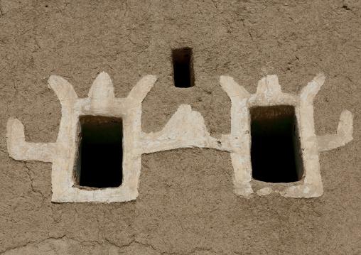 Traditional old multi-storey mud house, Najran Province, Najran, Saudi Arabia