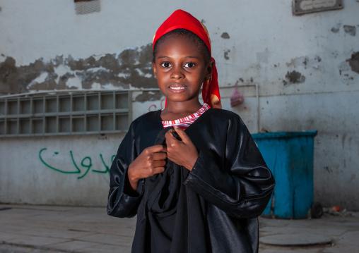 Somali refugee girl in the old quarter, Hijaz Tihamah region, Jeddah, Saudi Arabia