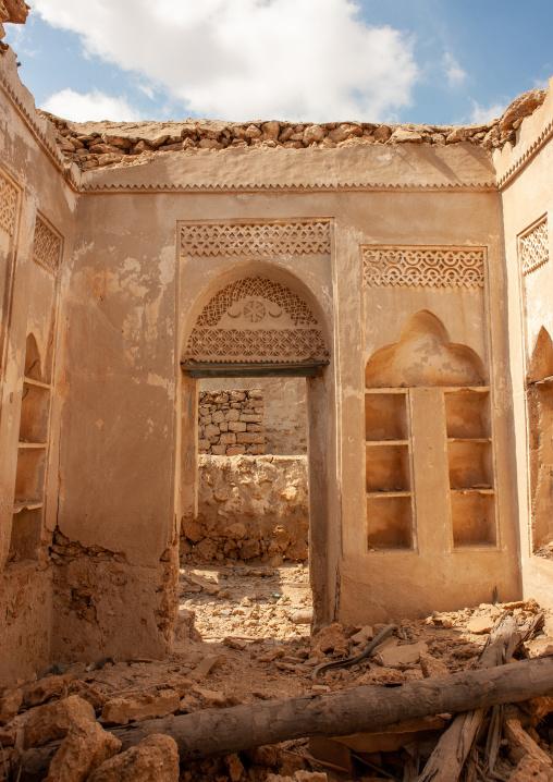 Gypsum decoration of the internal walls of a turkish house, Jizan Region, Farasan island, Saudi Arabia