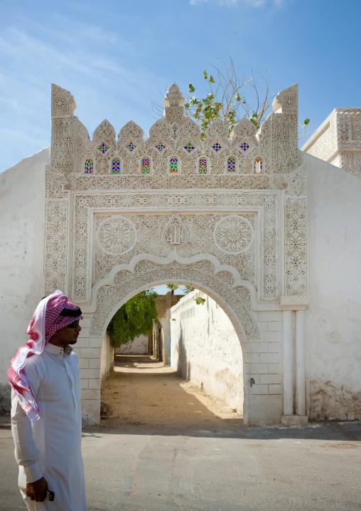 Ottoman old gate with gypsum decoration, Red Sea, Farasan, Saudi Arabia