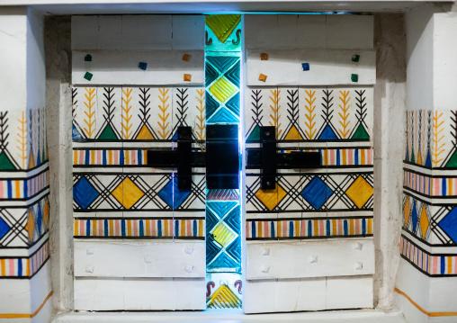 Traditional interior wall decoration made by the women called al-qatt al-asiri in bin hamsan house, Asir province, Khamis Mushayt, Saudi Arabia