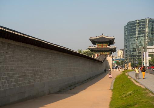 Gwanghwamun gate at gyeongbokgung palace, National capital area, Seoul, South korea