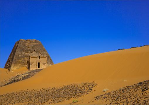 Sudan, Kush, Meroe, pyramid and tomb in royal cemetery