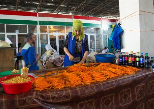 Carrots for sale at local street market, Gorno-Badakhshan autonomous region, Khorog, Tajikistan
