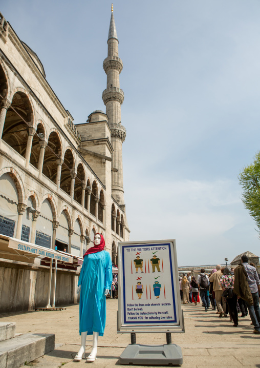 Sign showing the dress code for entry into the Blue mosque, Sultanahmet, istanbul, Turkey