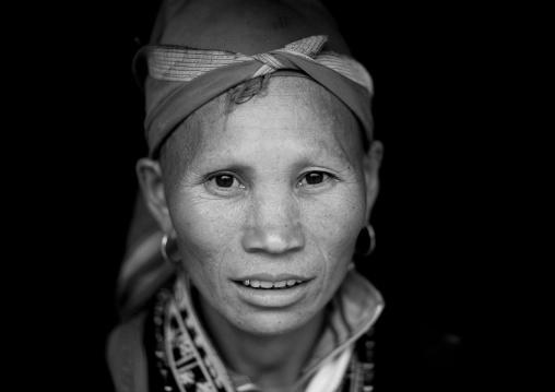 Red dzao woman with a headscarf, Sapa, Vietnam